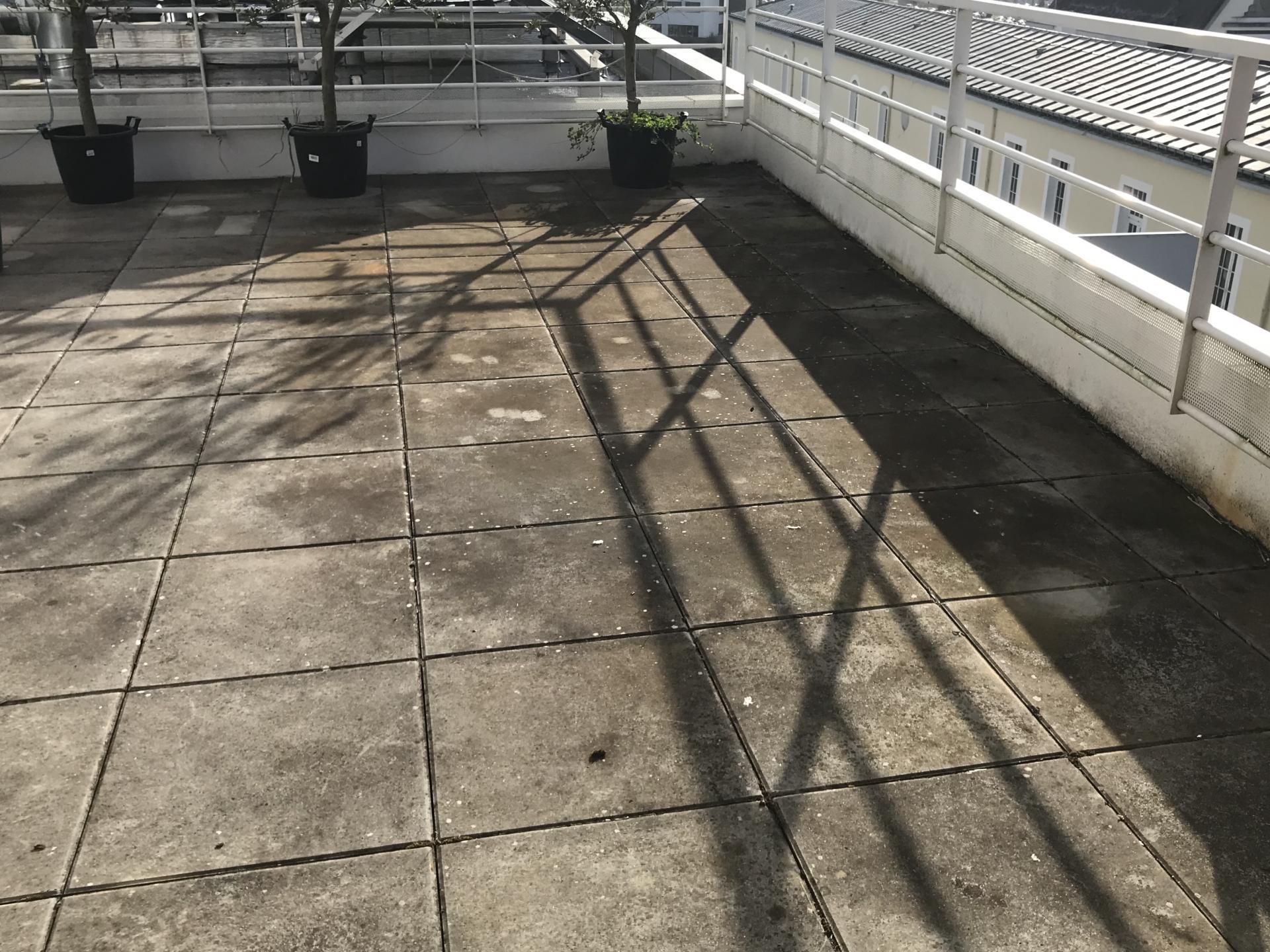 Terrasse au cinquième étage