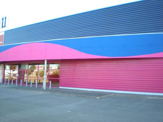 magasin exterieur aprés